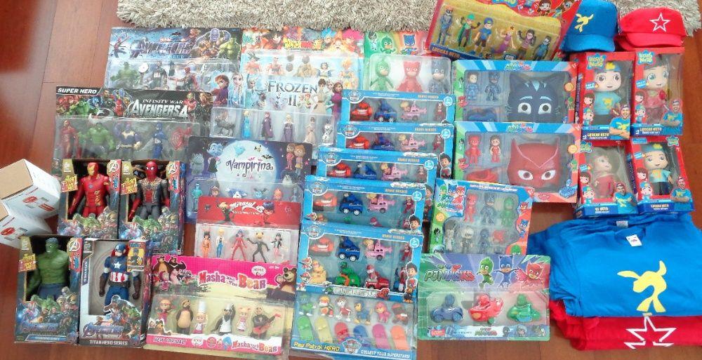 Packs de figuras de todos os desenhos animados do momento novos