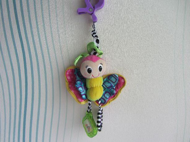 Развивающая игрушка прорезыватель подвеска погремушка Playgro бабочка