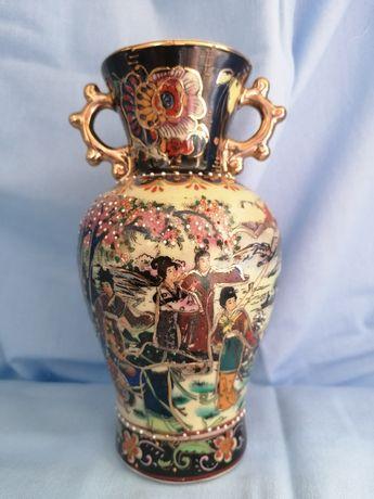 Ciekawy chiński wazon wazonik polecam
