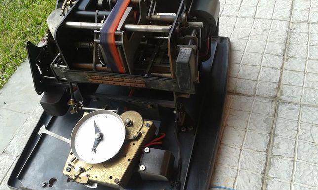 Antiga máquina de controlo Horário Trabalho - Ponto