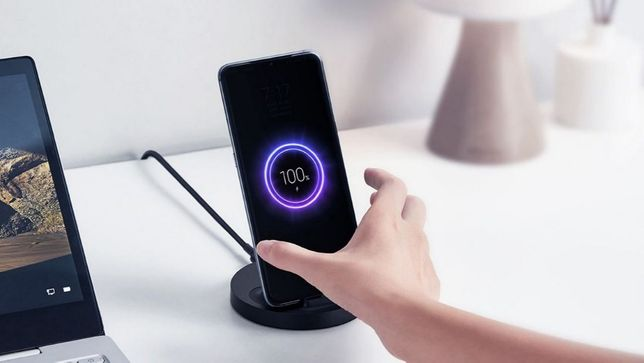 Беспроводная зарядка Xiaomi Vertical Wireless Charger 20W WPC02ZM