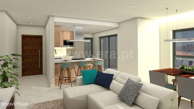 Apartamento 2 Quartos / Construção