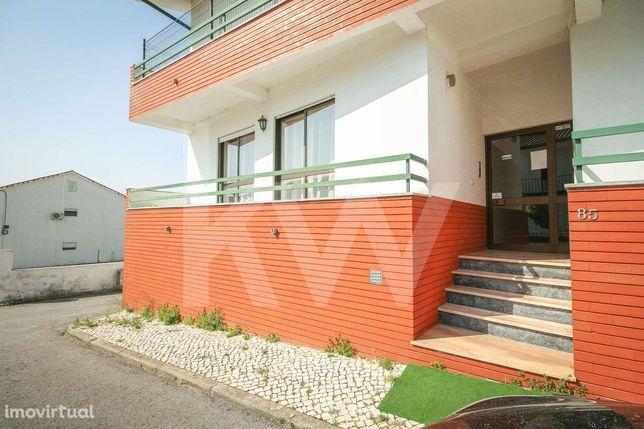 Apartamento T2 com Garagem box | Excelentes Acessos | Fala, Coimbra