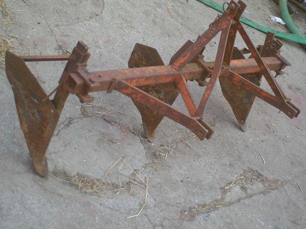 conjunto de tres abre regos para frese ou trator