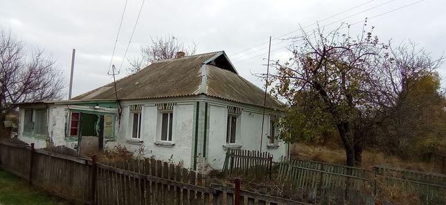 Продаётся дом,веранда,прихожка , три комнаты