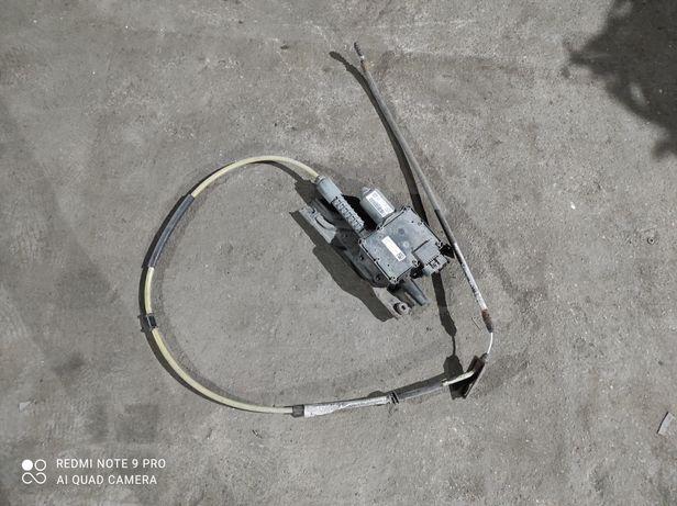 Mechanizm hamulca ręcznego Opel Insignia