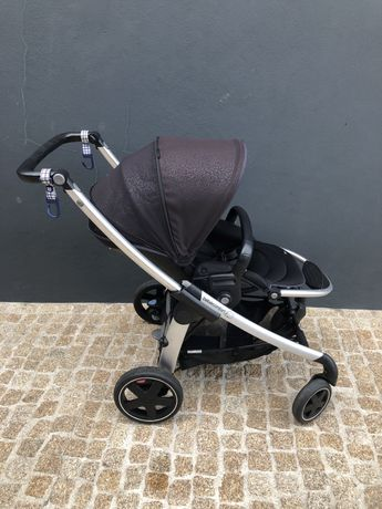 Carrinho de Bebé da marca Bébé Confort