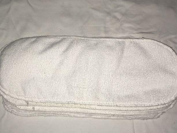 Белые вкладыши в многоразовый подгузник, памперс
