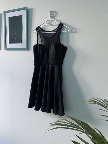 Czarna sukienka wieczorowa roz M