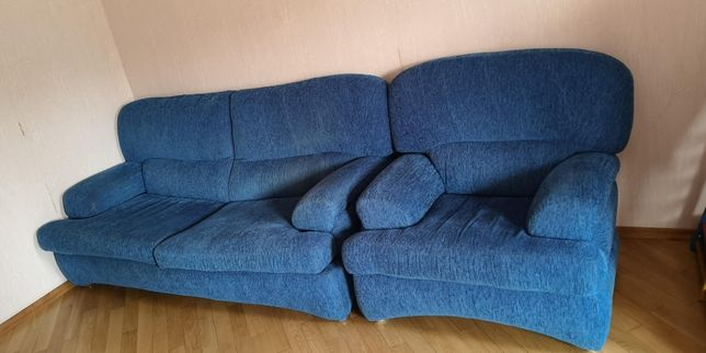 ОЧЕНЬ удобный раскладной диван с двумя креслами