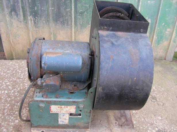 Ventilador, exaustor, extrator de fumos. 220 Volt.