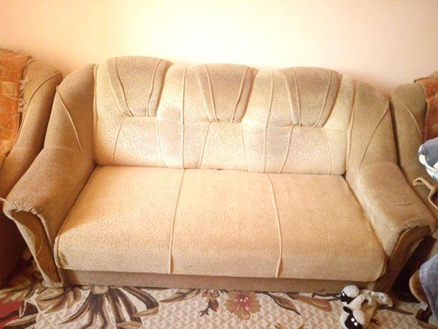 М'ягка частина,диван та два крісла