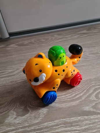 Gepard na kółkach Fisher Price