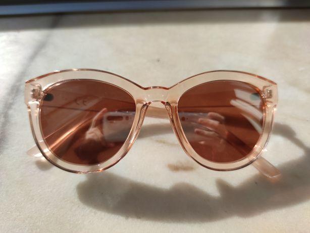 Vendo óculos de sol espelhados