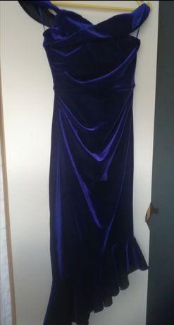 Sukienka firmy Asos