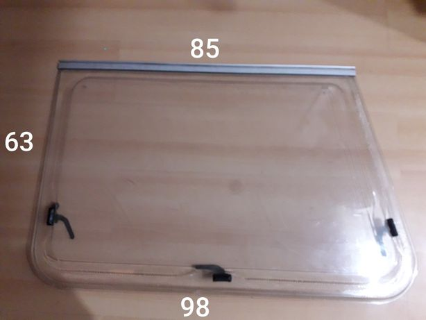 Okna do przyczepki kempingowej