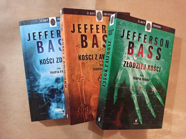 Jefferson Bass - Kości zdrady, Złodziej kości, Kości z Awinionu