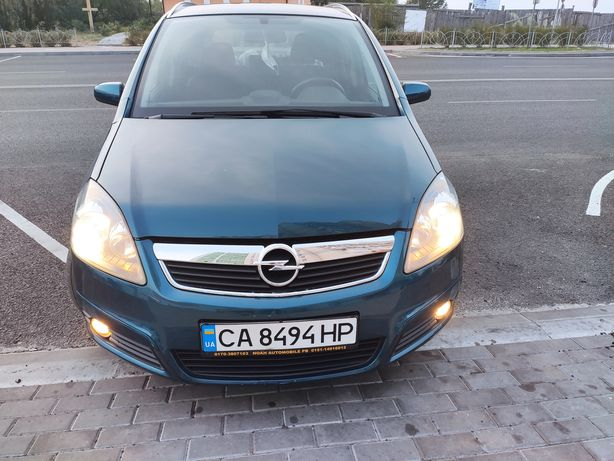 Продам Opel Zafira B 1.6 z16xe1 идеал