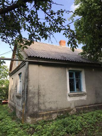 Продаємо земельну ділянку із будинком у с. Білостік (Луцький р-н)