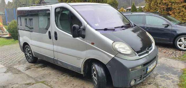 Opel Vivaro 1.9 9-osobowe