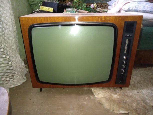 Stary telewizor Beryl 102