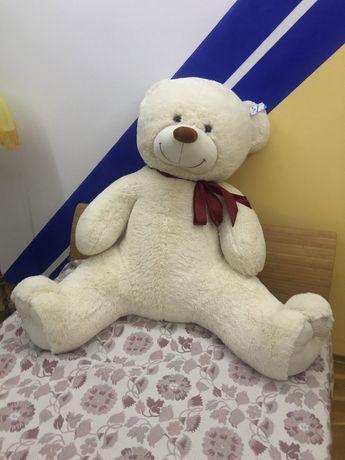 Ведмідь плюшевий іграшка величезний!!!