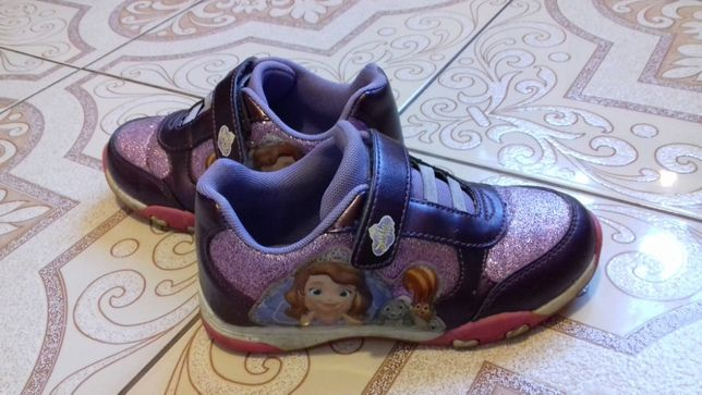 Buty od Disneya Zosia roz.29 sklep deichmann