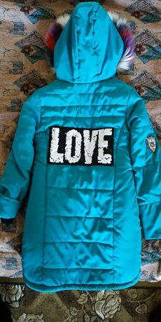 Курточка зимняя на 8-10 лет.