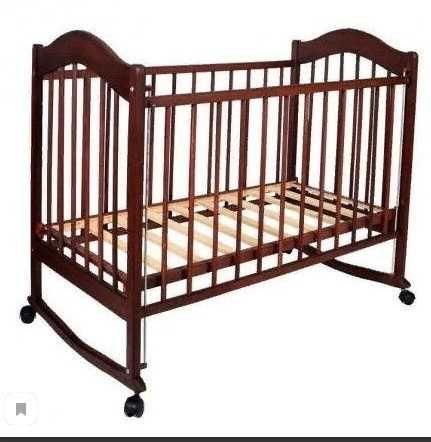 Детская кровать  (массив)