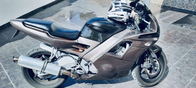 Mota HONDA CBR 600 Sport