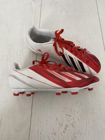 Adidas bialo czerwone korki do grania w piłke chłopiece 38