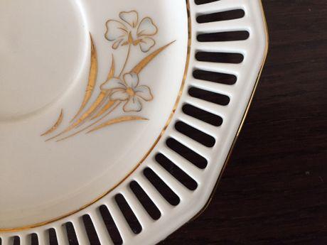 2 pratos antigos de porcelana/Winterling