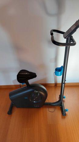 Bicicleta Estática Essencial Domyos EB 140