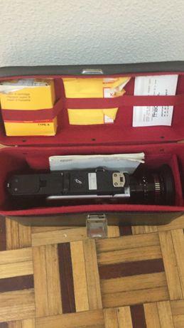Máquina de filmar NIZO S56