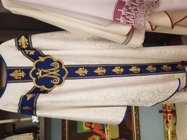 Ornat maryjny gotycki haftowany