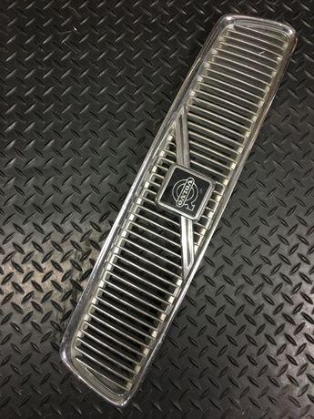 Volvo V40 - grill atrapa