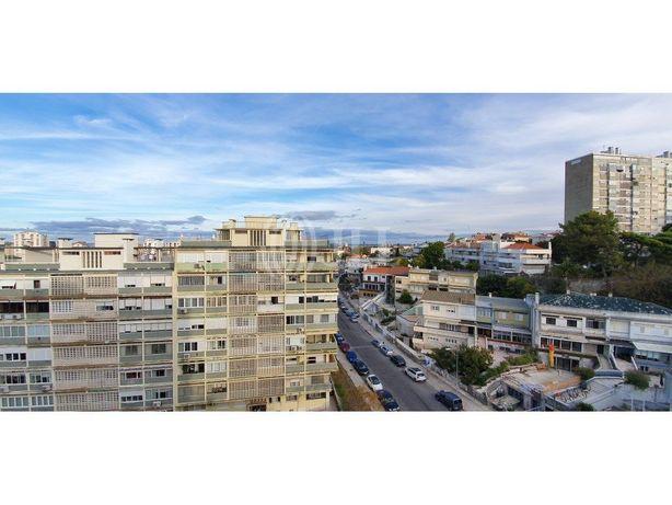 Apartamento T4 remodelado nos Olivais, em Lisboa