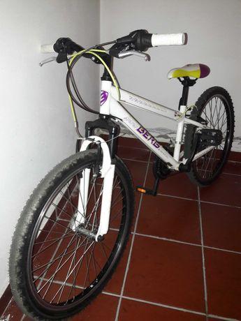 Bicicleta como nova com mudanças de punho!!!