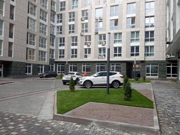 Продам 3-комнатную квартиру на Печерске, центр, Лейпцигская 13