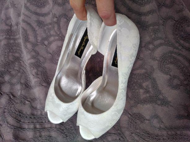 Sapatos noiva NOVOS 37/38