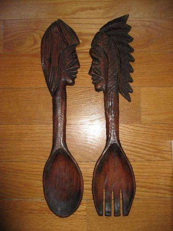 Garfo e colher em madeira esculpida - arte africana