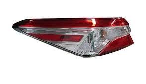 Внешний фонарь левый Toyota Camry 2018 USA Галоген