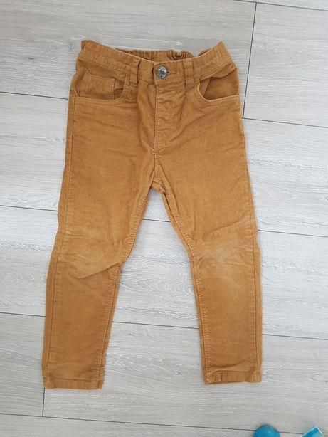 Spodnie chłopięce chłopiec sztruksy 104-110