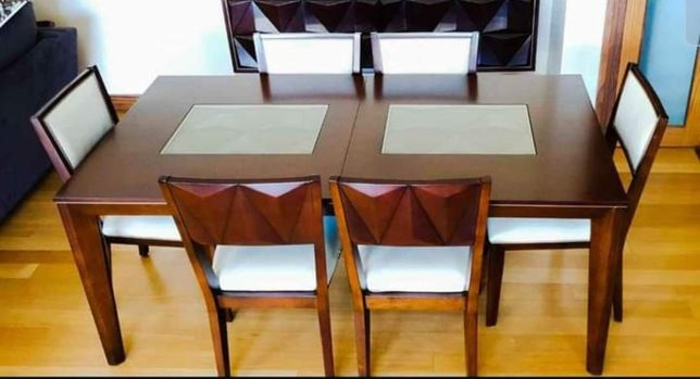 Mesa extensivel só tenho a mesa