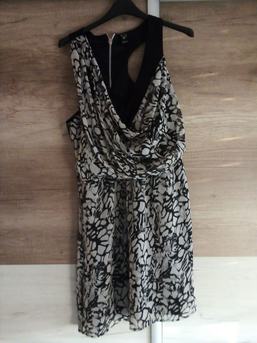 Sukienka biało - czarna