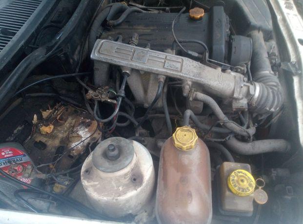 Продається мотор Форд Сієрра,  ДОНС 2.0 запчастини шрот