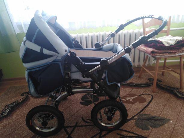 Wózek dziecięcy bez nosidelka