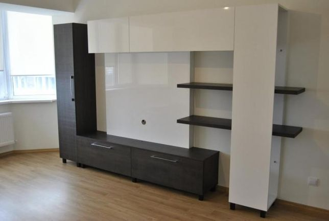 Перетяжка мягкой мебели, сборка и ремонт шкафа, кухни Качественно!