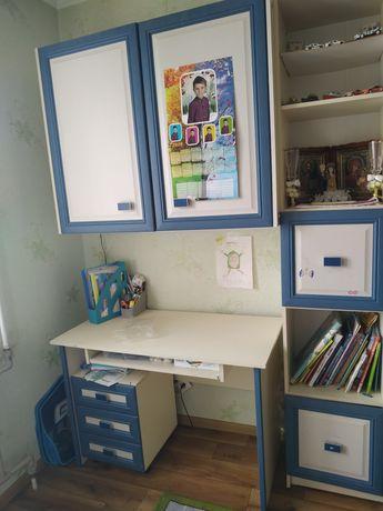 Стінка в дитячу, письмовий стіл бу