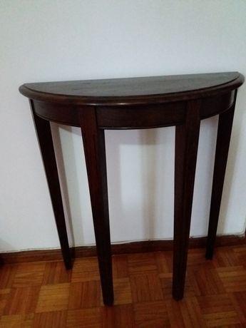 Mesa de centro em madeira de castanho